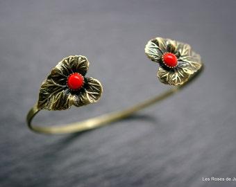 leaf Bangle Bracelet