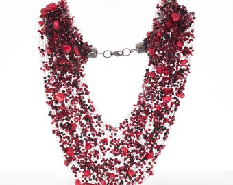 coral Air necklace beaded for gift - red coral stones and black beads
