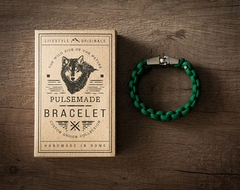 Men's bracelet-unisex green woman in Paracord 550-Pulsemade Classic Collection-Handmade paracord mens bracelet-Womens Kelly Green