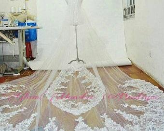SAMPLE SALE Couture Royal Duchess Dentelle Bridal Veils