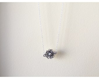 Silver Flower Short Necklace