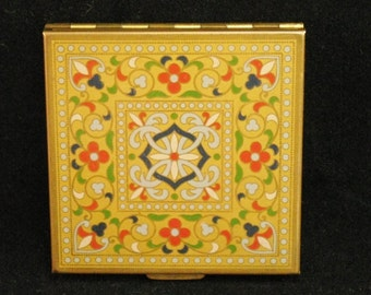 Volupte enameled square compact from 1940 - Collectible Compact Mirror refillable cosmetic accessory - Nice Gift for wife or girlfriend