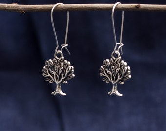 Sweet earrings with tree silver vintage