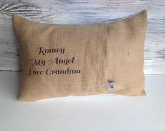 PERSONALIZE YOUR PILLOW