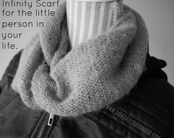 Infinity Scarf PDF Pattern for kids/knit/knitwear PDF/Dark Daisy Patterns