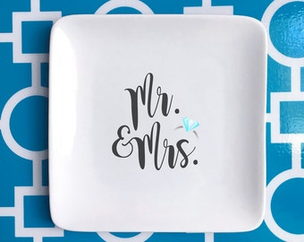 Mr. & Mrs. trinket holder, jewelry holder, wedding gift, wedding ring holder, catch all,  ***FREE SHIPPING