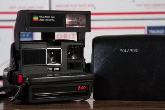 polaroid 640 instant 600 film camera with vinyl case p23. Black Bedroom Furniture Sets. Home Design Ideas