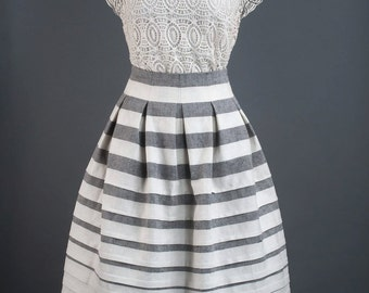 Woman pleated linen skirt with pockets