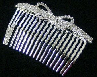 Crystal two rows w. bow hair comb