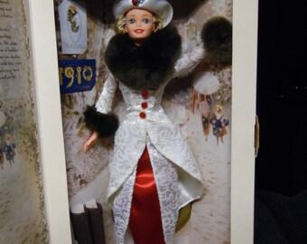 "Hallmark ""Holiday Memories"" 1996 Barbie Doll"