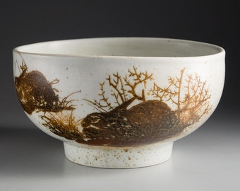Royal Copenhagen - DIANA - Nils Thorsson - Bowl with Rabbits