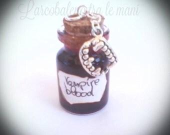 Vampire blood Bottlecharm flask Vampire Blood