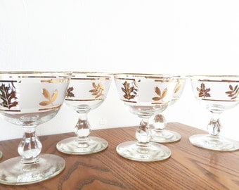 Vintage Gold Leaf Pedestal Glasses / Gold Leaf Barware / Mid Century Barware / Set of 6 Glasses