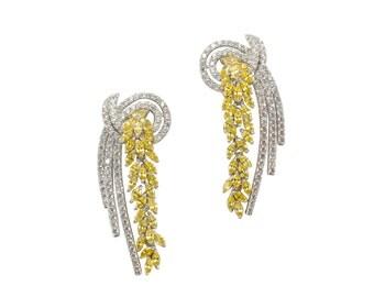 Lara Heems Elegance Earrings