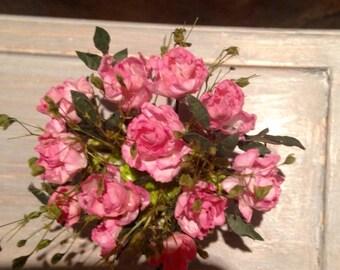 Dollhouse miniature, 1:12th scale. Roses Bouquet