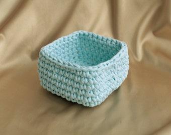 basket blue