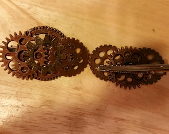 Handmade Steampunk style gear hair or clothing clips