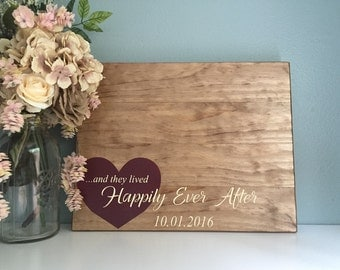 Rustic Wedding Guest Book Alternative / Heart Happily Ever After / Rustic Wedding Decor Guest Sign Wood Guest Book Alternative Heart