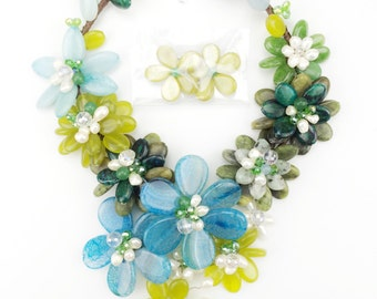 Sweety flower multi color necklace
