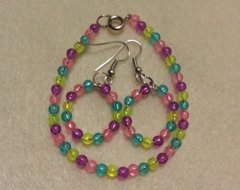 Mixed colored earring and bracelet set