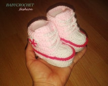 Crochet Baby Converse,  Pink Shoes, Crochet Pink Boots,  Little Baby Shoes, Newborn Baby, Warm Slippered