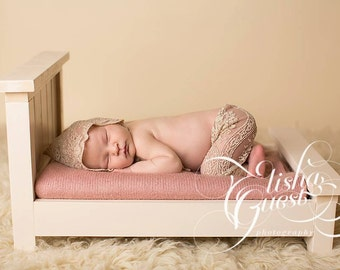 Panel Bed Frame - Newborn Photography Prop