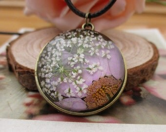 Dried Flower Tray Pendant Necklace, Flower necklace ,Flower pendant ,Dried flowers--BT020