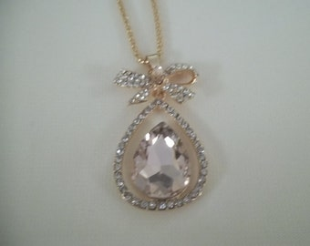 Light Pink Rhinestone Drop Pendant Necklace on a Link Chain