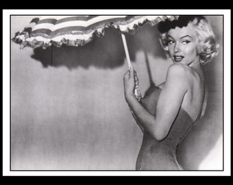 "Vintage Pinup Marilyn Monroe Sexy Pinup Wall Art Deco Double Sided Book Print 5"" x 7"""