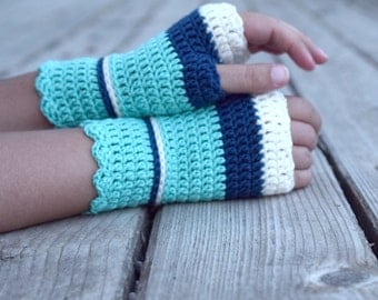 Wool wristwarmers in turquoise and navy, crocheted fingerless gloves, office gloves, wrist warmers, arm warmers