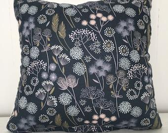 Meadow cushion cover