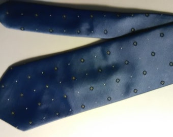 332.  Wembley necktie