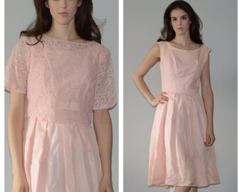 1950s, baby pink party dress. Size small-medium. *FREE Shipping*
