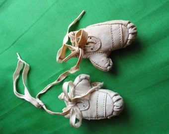 Vintage Miniature Boxing Gloves