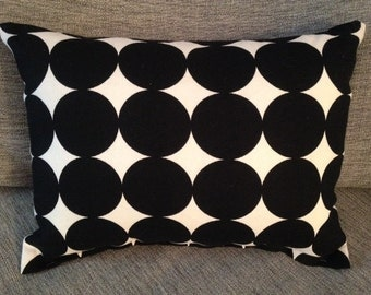 """Modern black and white pillow with circles 12""""x16"""""""