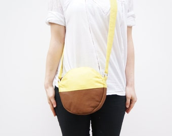 Round Handbag / Purse. Crossbody Bag / Yellow Leather