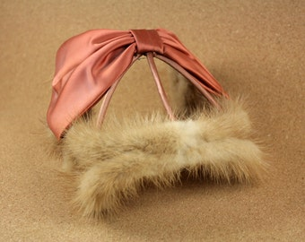 1950s Mink and Silk Fascinator - Peach Rose Colored Silk Bow and Tan Mink Trim - Excellent Condition