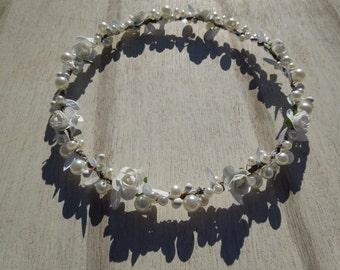 Bridal Crown, White Brides Crown and Matching Flower Girl Crown, White Pearls and Rose Bridal Crown, White Rose Hair Wreath