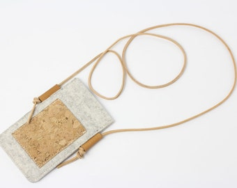 Mobile phone Pocket made of felt and Cork to put