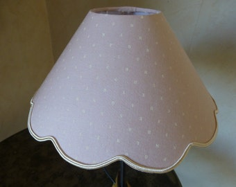 abat jour, rose poudré, alphabet, crème, soutache, fille.... Lampshade, powdery pink, alphabet, cream, girl