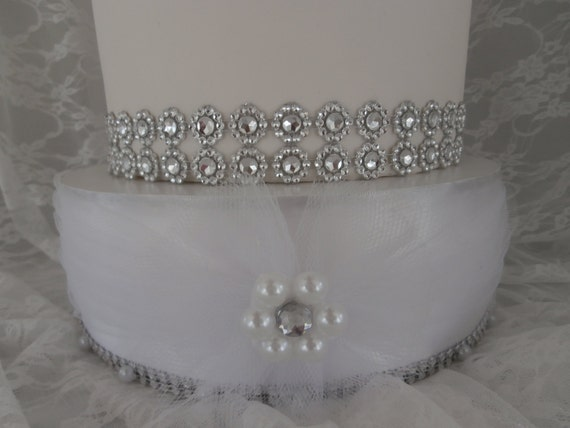 bling wedding cake stand with pearls white wedding cake stand with bling and pearl trim by 11935