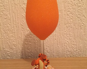 Tigger Large Glitter Wine glass