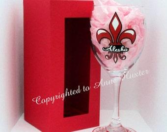 Personalised Fleur-de-lis Name Glass with Presentation Box
