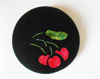 "Authentic mini french beret ""cherries hand embroidered"