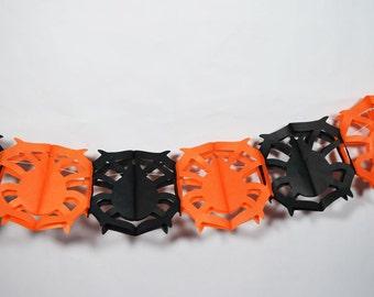 Black and Orange Large Spider Halloween Garland Banner (9FT) - 10PAGD-SPI