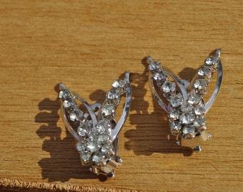 Clearance Item 40% off*******Vintage 1950s Rhinestone Clip On Earrings