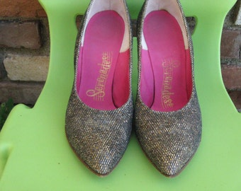 Party Heels ~  1950s Glittery High Heel Spike Pumps ~ Vintage Heels ~~ Spike Heels