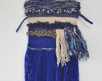Weaving / blue and beige wall hanging on branch - Bohemian-style decorative object