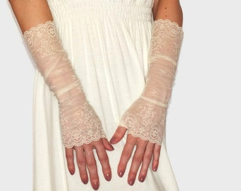 Long lace gloves/ Ivory lace gloves/Wedding long gloves/Bridal lace gloves/Fingerless Gloves Ivory lace gloves