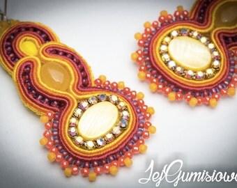 Soutache earrings. Soutache jewelry. Yellow, orange and maroon earrings. Medium size soutache earrings. Braid earrings.